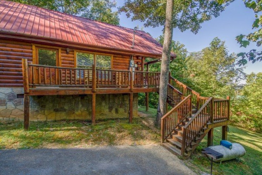 Photo of a Gatlinburg Cabin named Lincoln Logs - This is the seventeenth photo in the set.