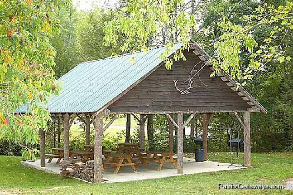 Photo of a Sevierville Cabin named Laid Back - This is the twenty-sixth photo in the set.