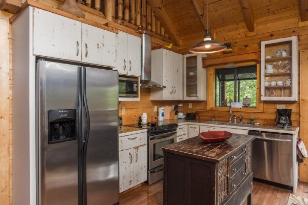 Photo of a Sevierville Cabin named Laid Back - This is the fifth photo in the set.