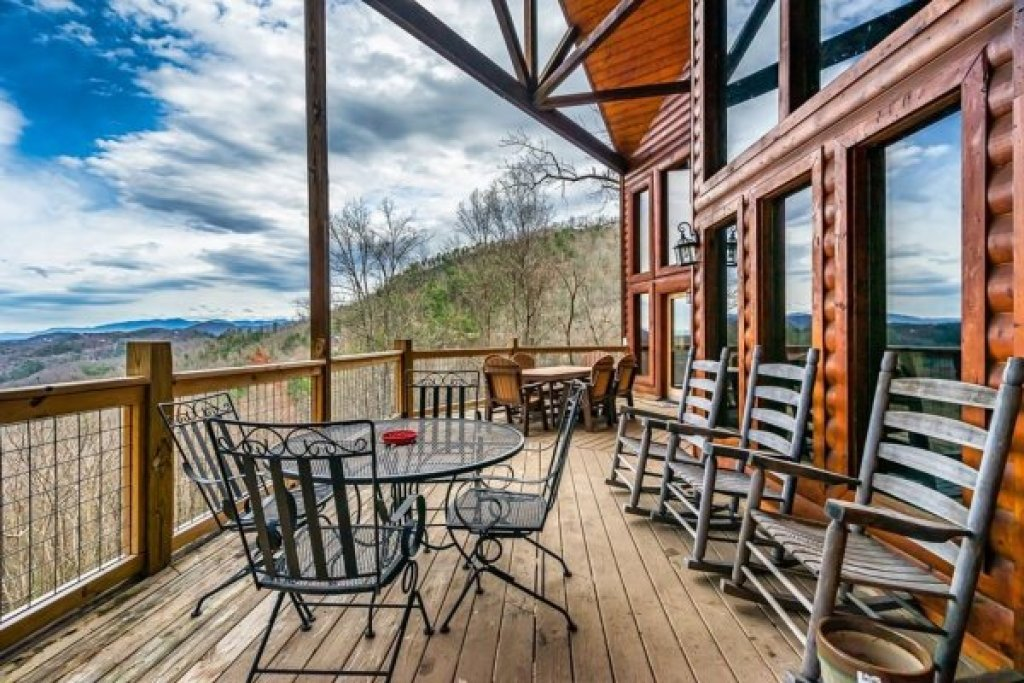 Photo of a Sevierville Cabin named A Stunning View - This is the twenty-second photo in the set.