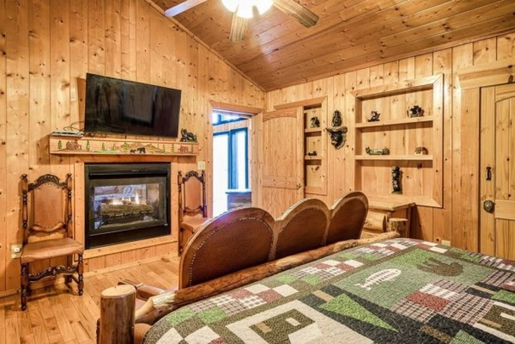 Photo of a Sevierville Cabin named A Stunning View - This is the thirteenth photo in the set.
