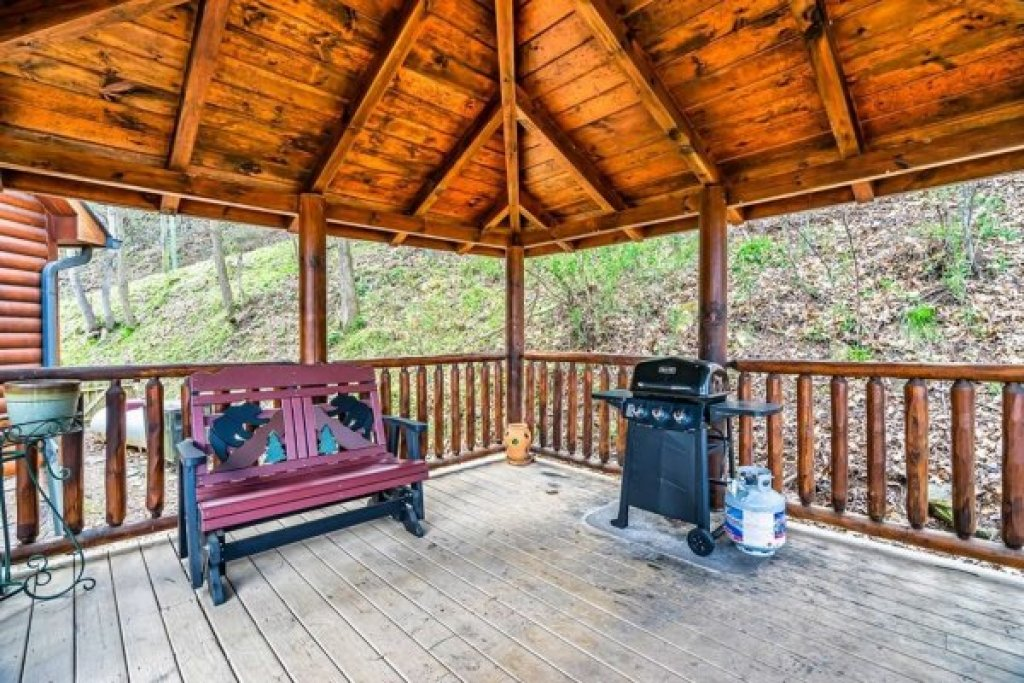 Photo of a Sevierville Cabin named A Stunning View - This is the twenty-third photo in the set.