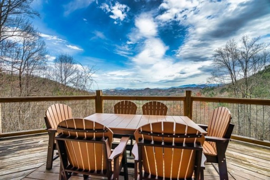 Photo of a Sevierville Cabin named A Stunning View - This is the fourth photo in the set.