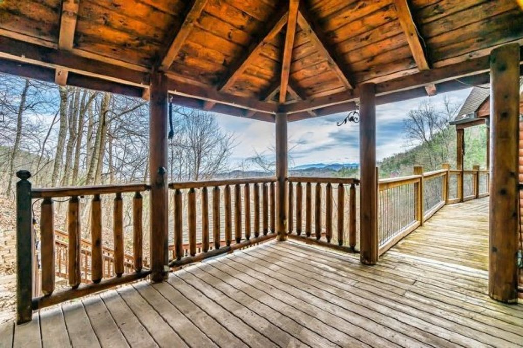 Photo of a Sevierville Cabin named A Stunning View - This is the twenty-fourth photo in the set.