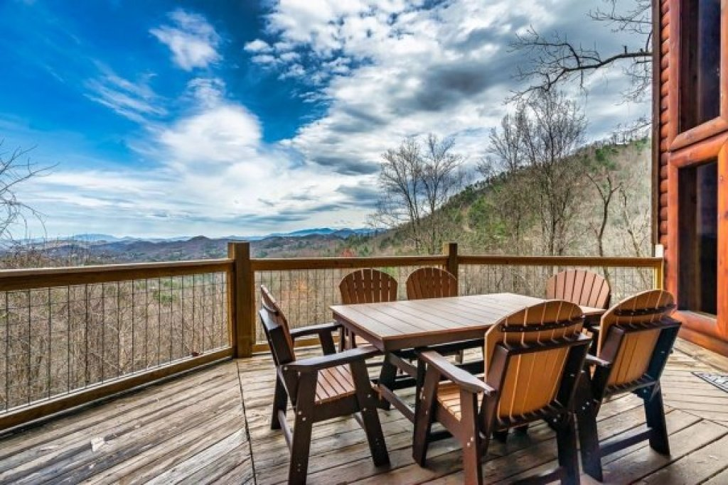Photo of a Sevierville Cabin named A Stunning View - This is the twenty-first photo in the set.