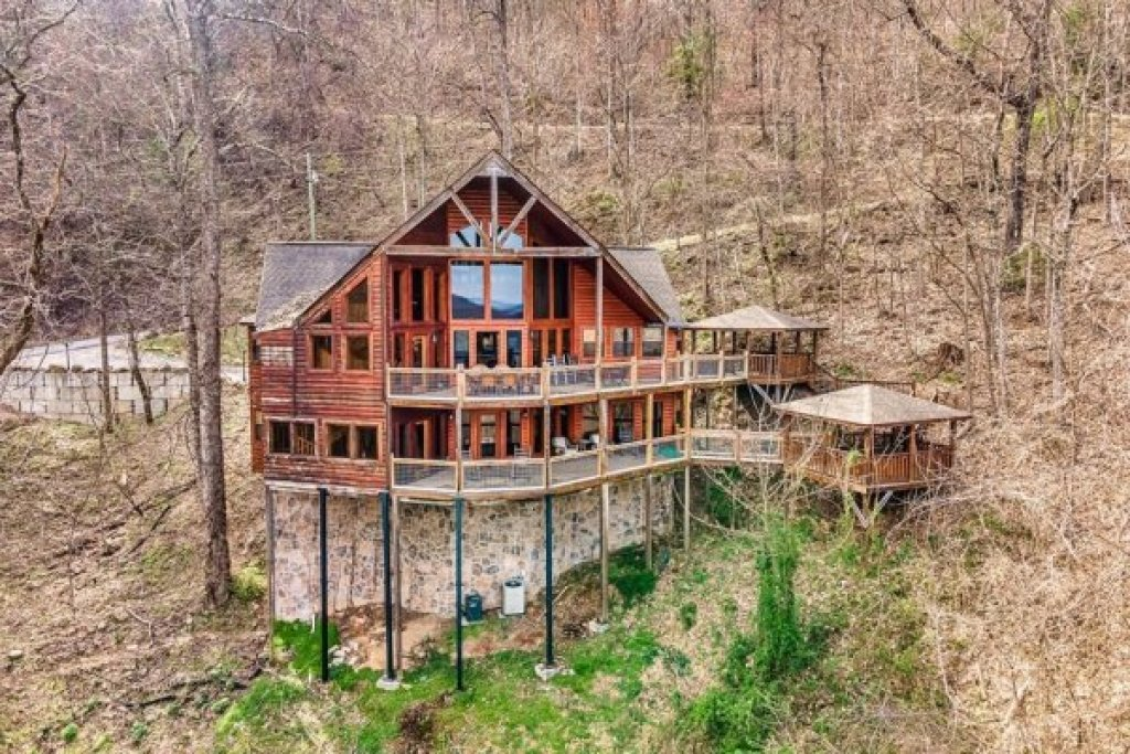 Photo of a Sevierville Cabin named A Stunning View - This is the fifty-fourth photo in the set.