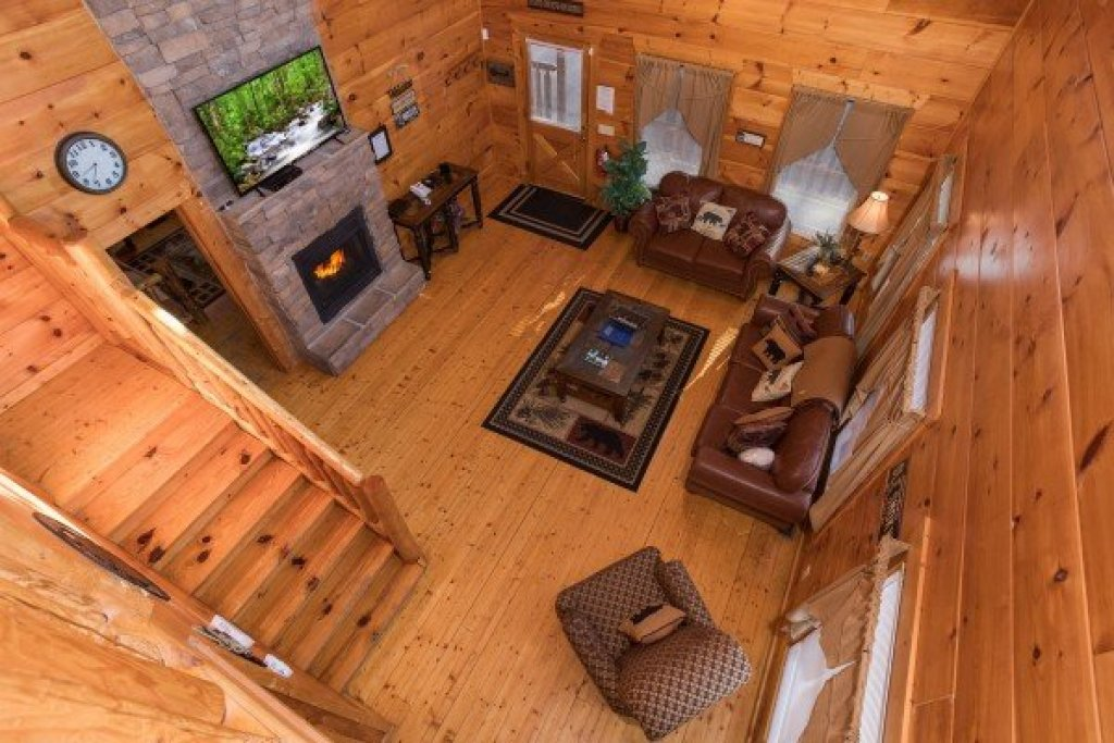 Photo of a Gatlinburg Cabin named Moonshine Memories - This is the twelfth photo in the set.