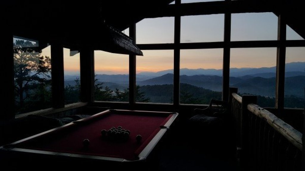 Photo of a Sevierville Cabin named Mountain Glory - This is the nineteenth photo in the set.