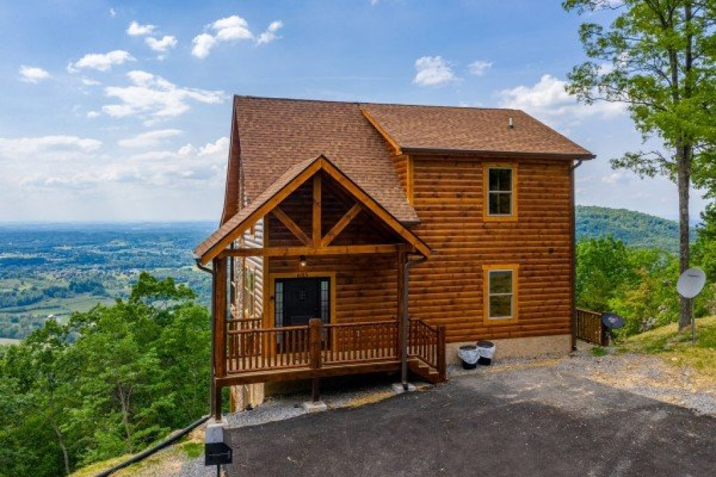 Photo of a Sevierville Cabin named 4 States View - This is the thirty-second photo in the set.