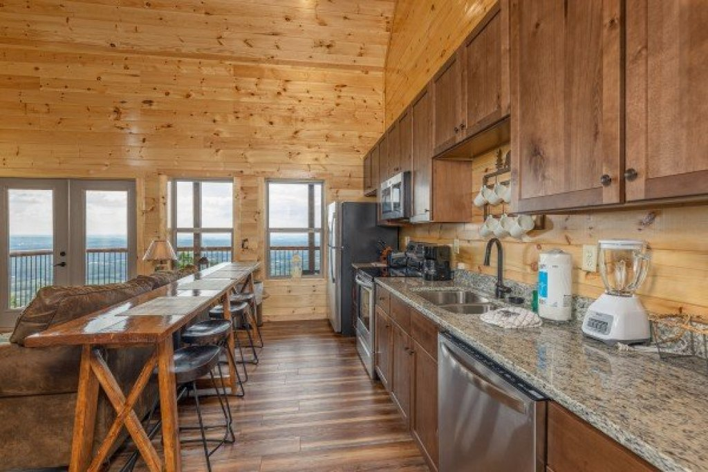 Photo of a Sevierville Cabin named 4 States View - This is the seventh photo in the set.