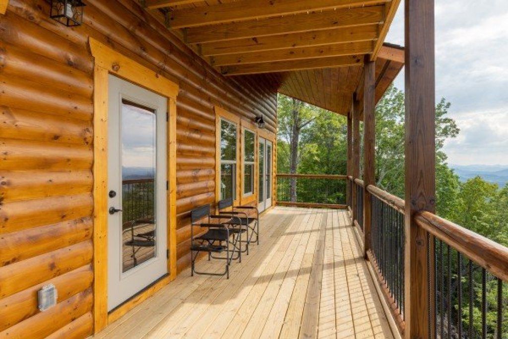 Photo of a Sevierville Cabin named 4 States View - This is the tenth photo in the set.