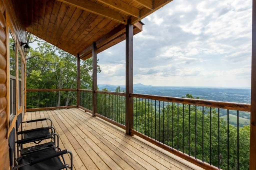 Photo of a Sevierville Cabin named 4 States View - This is the eleventh photo in the set.