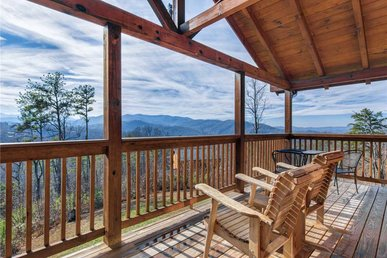 Ever After 2, 2 Bedroom, Hot Tub, Fireplace, Jetted Tub, Wifi, Sleeps 4