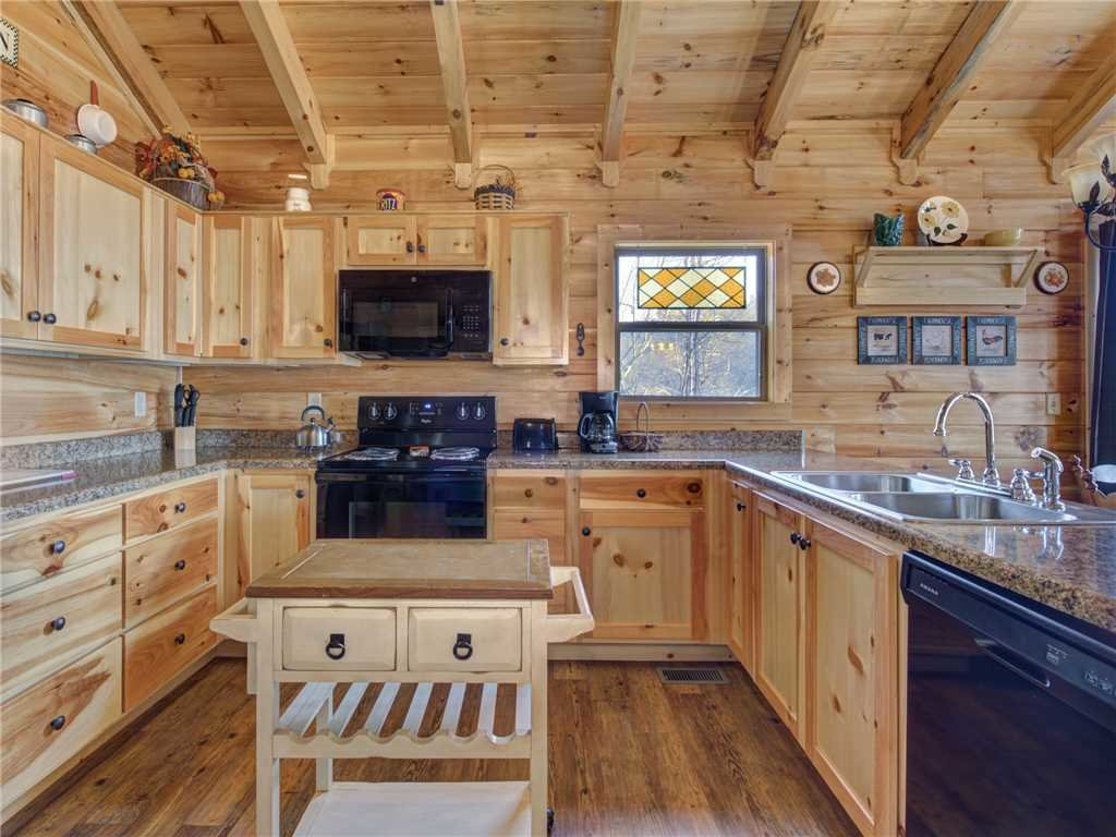 Photo of a Gatlinburg Cabin named Ever After 2 - This is the seventh photo in the set.