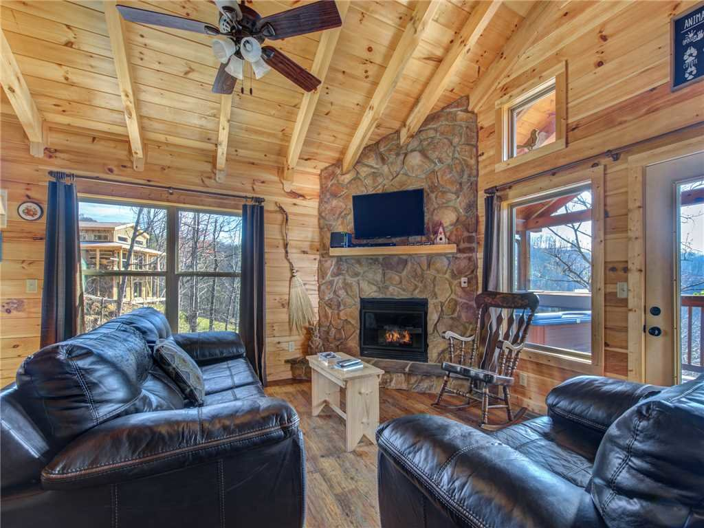 Photo of a Gatlinburg Cabin named Ever After 2 - This is the second photo in the set.