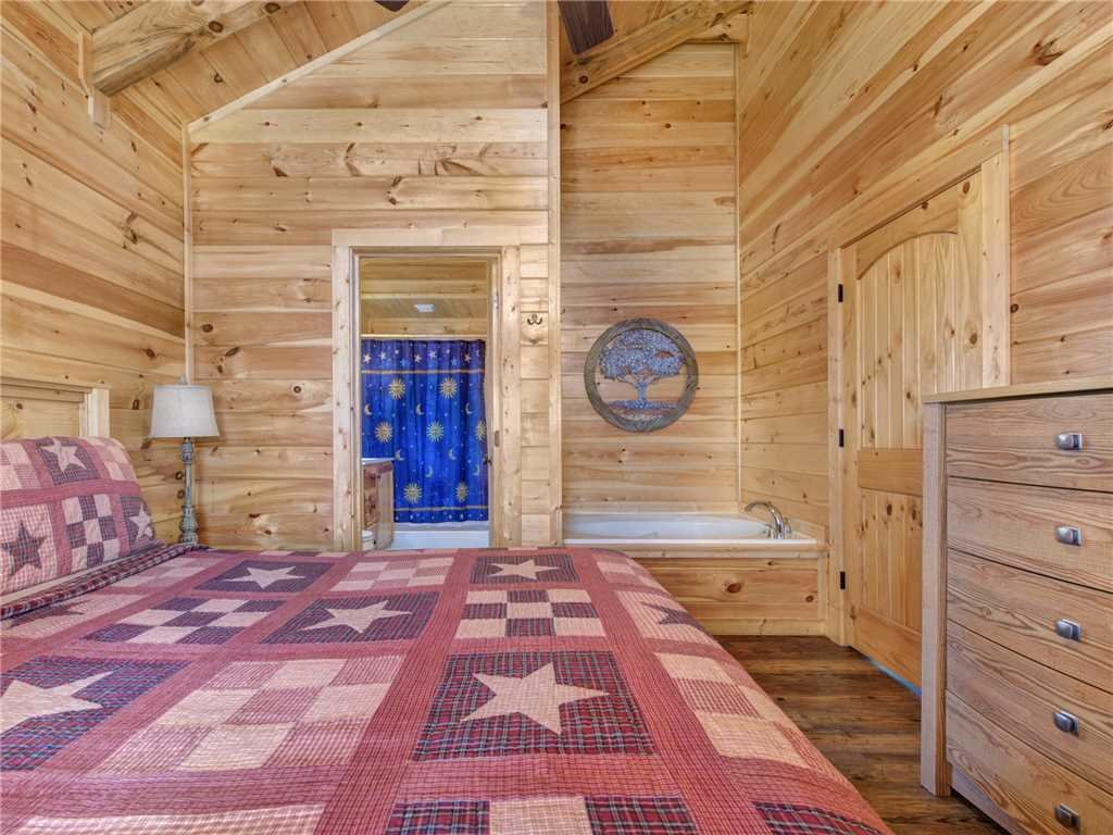 Photo of a Gatlinburg Cabin named Ever After 2 - This is the tenth photo in the set.