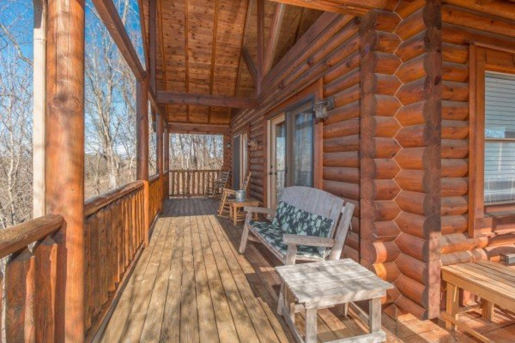 Photo of a Pigeon Forge Cabin named The Cowboy Way - This is the nineteenth photo in the set.