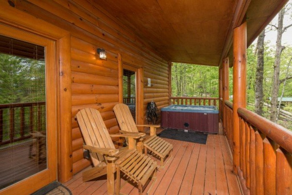 Photo of a Sevierville Cabin named Tennessee Treasure - This is the twelfth photo in the set.