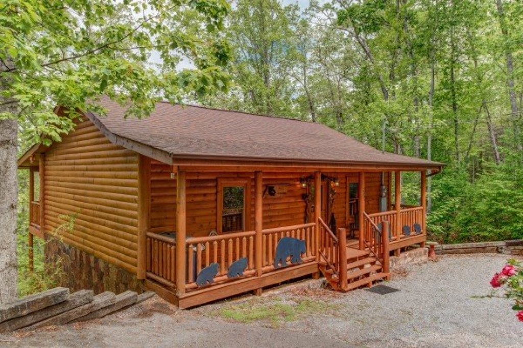 Photo of a Sevierville Cabin named Tennessee Treasure - This is the twenty-sixth photo in the set.