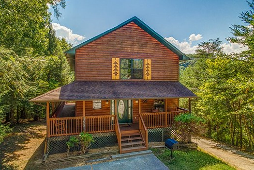 Photo of a Pigeon Forge Cabin named The Settlement - This is the twenty-seventh photo in the set.