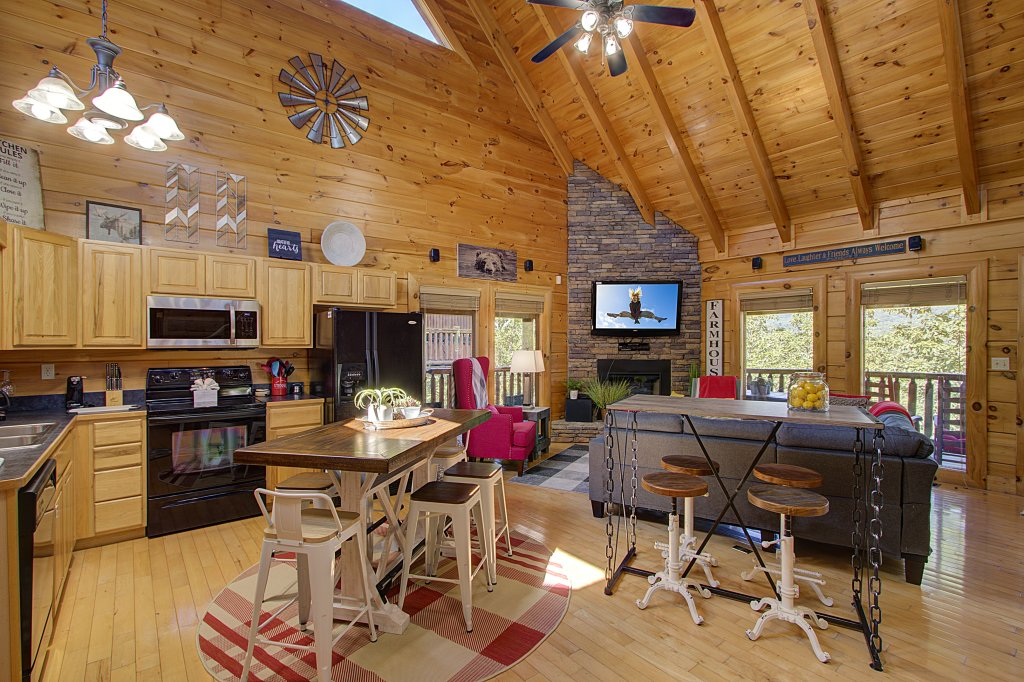 Photo of a Sevierville Cabin named Incredible Vibes & Views  #204 - This is the fourteenth photo in the set.