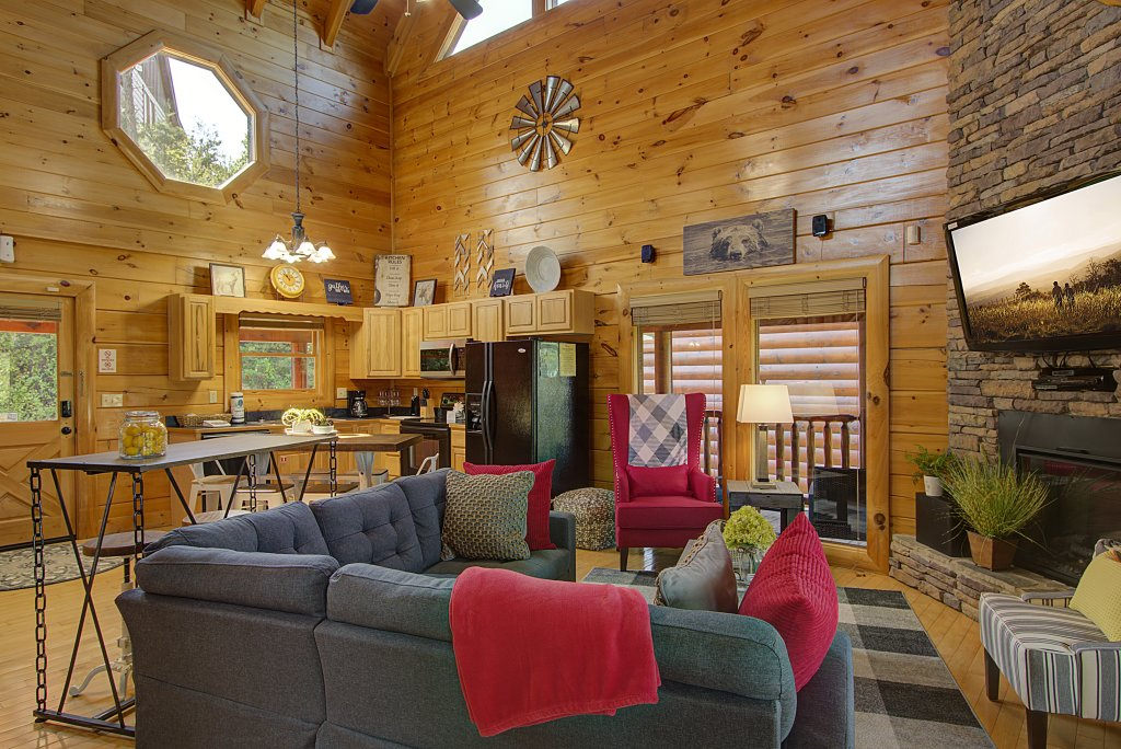 Photo of a Sevierville Cabin named Incredible Vibes & Views  #204 - This is the twenty-first photo in the set.