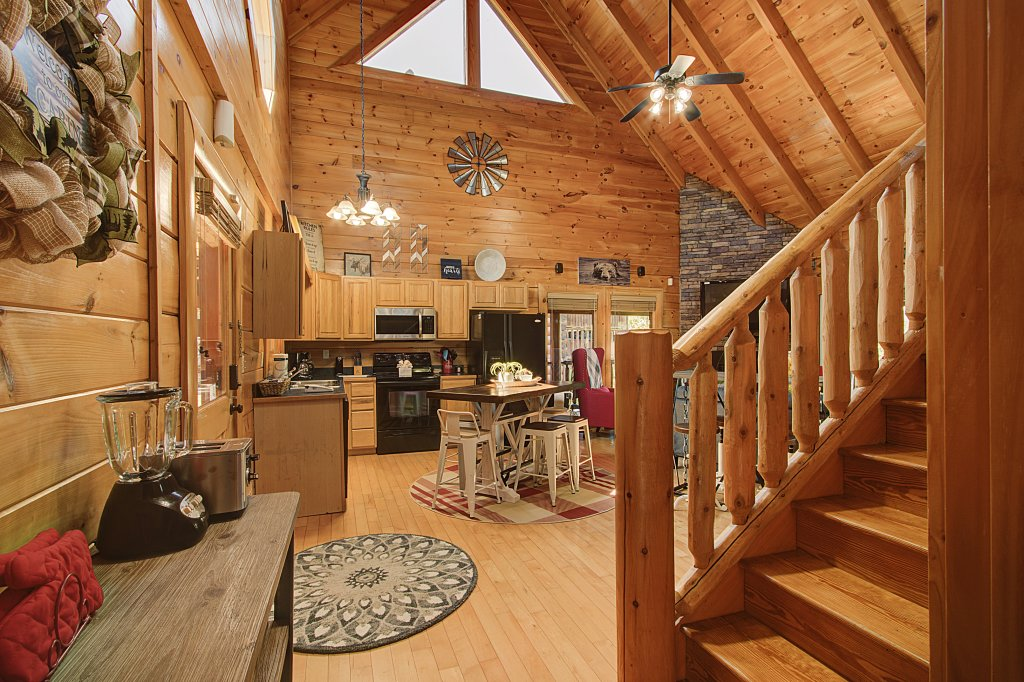 Photo of a Sevierville Cabin named Incredible Vibes & Views  #204 - This is the thirteenth photo in the set.