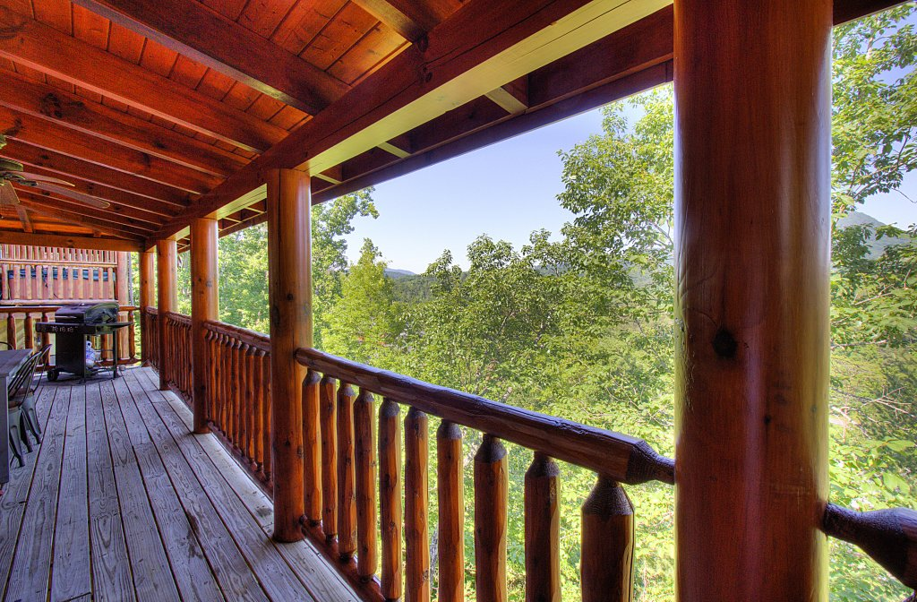 Photo of a Sevierville Cabin named Incredible Vibes & Views  #204 - This is the forty-sixth photo in the set.