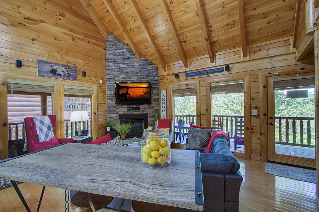 Photo of a Sevierville Cabin named Incredible Vibes & Views  #204 - This is the twenty-fourth photo in the set.