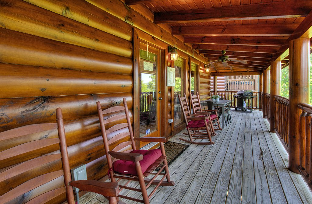 Photo of a Sevierville Cabin named Incredible Vibes & Views  #204 - This is the forty-fifth photo in the set.