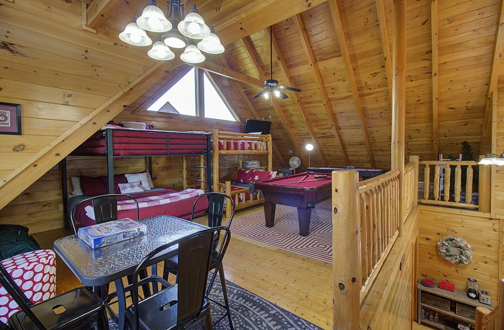 Photo of a Sevierville Cabin named Incredible Vibes & Views  #204 - This is the fiftieth photo in the set.
