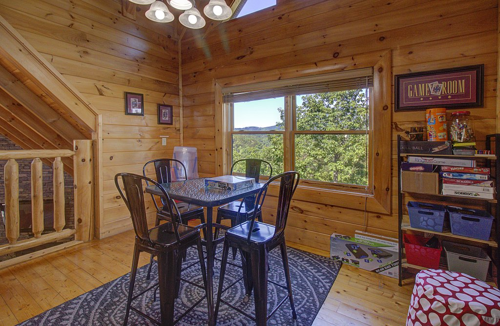 Photo of a Sevierville Cabin named Incredible Vibes & Views  #204 - This is the fifty-second photo in the set.
