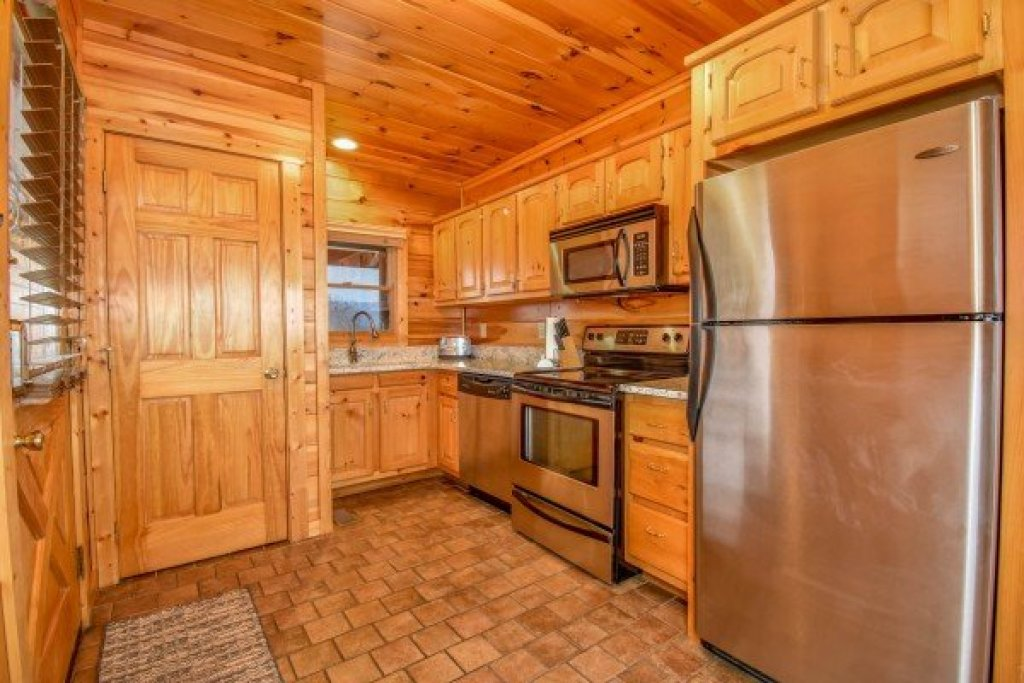 Photo of a Pigeon Forge Cabin named Eagle's Sunrise - This is the seventh photo in the set.