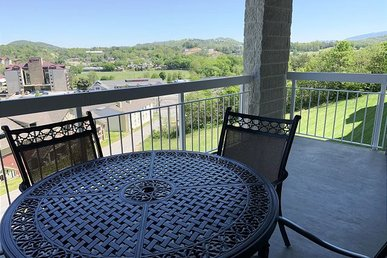 Way Too Good Whispering Pines 114, 3br, Pools, Lazy River, Wi-fi, Sleeps 8