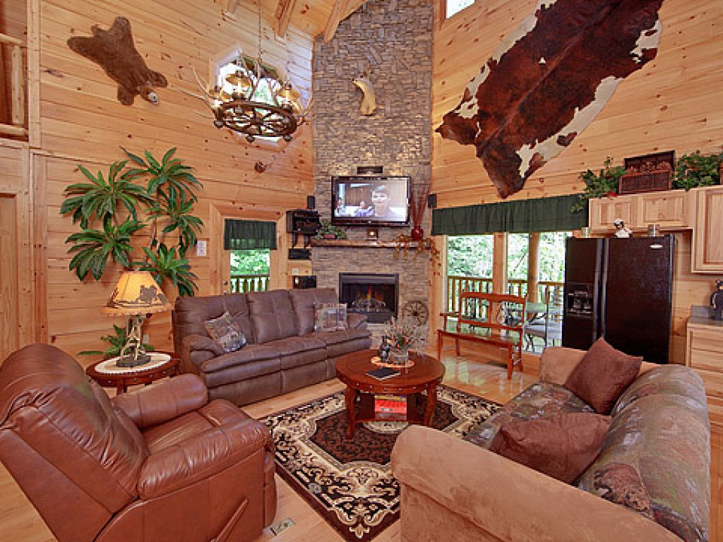 Photo of a Sevierville Cabin named Hakuna Matata - This is the third photo in the set.