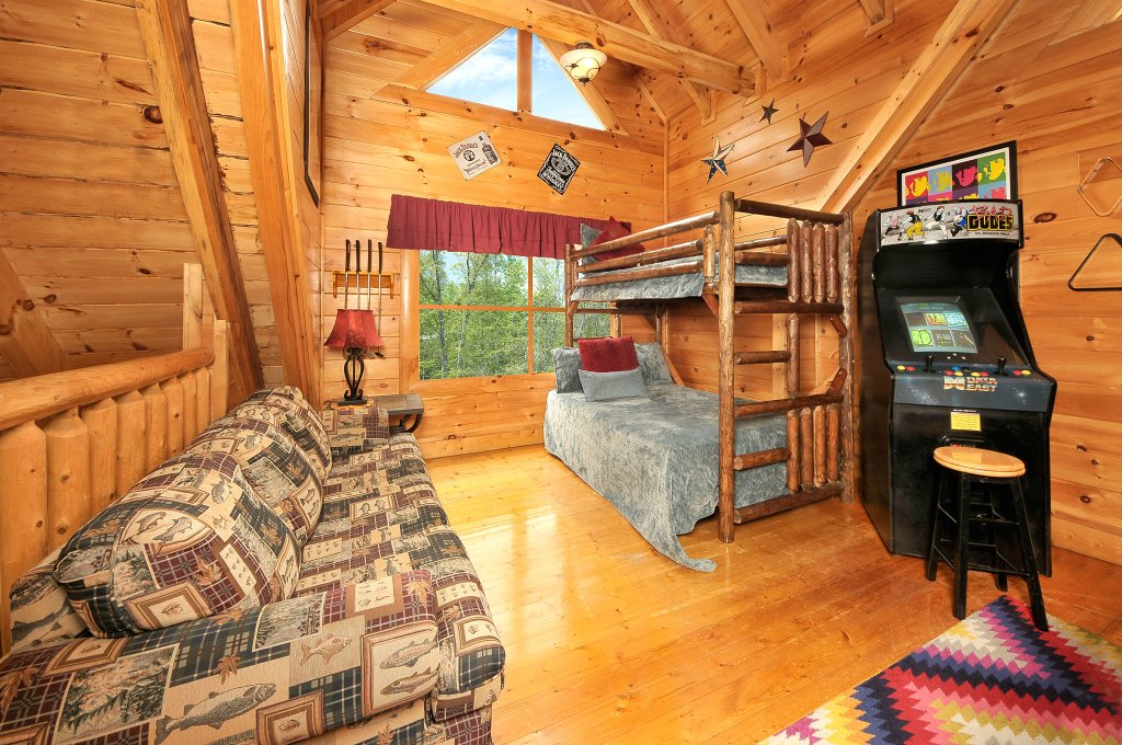 Photo of a Sevierville Cabin named Hakuna Matata - This is the eighth photo in the set.