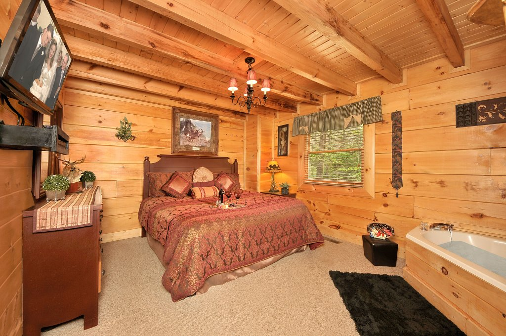 Photo of a Sevierville Cabin named Hakuna Matata - This is the tenth photo in the set.