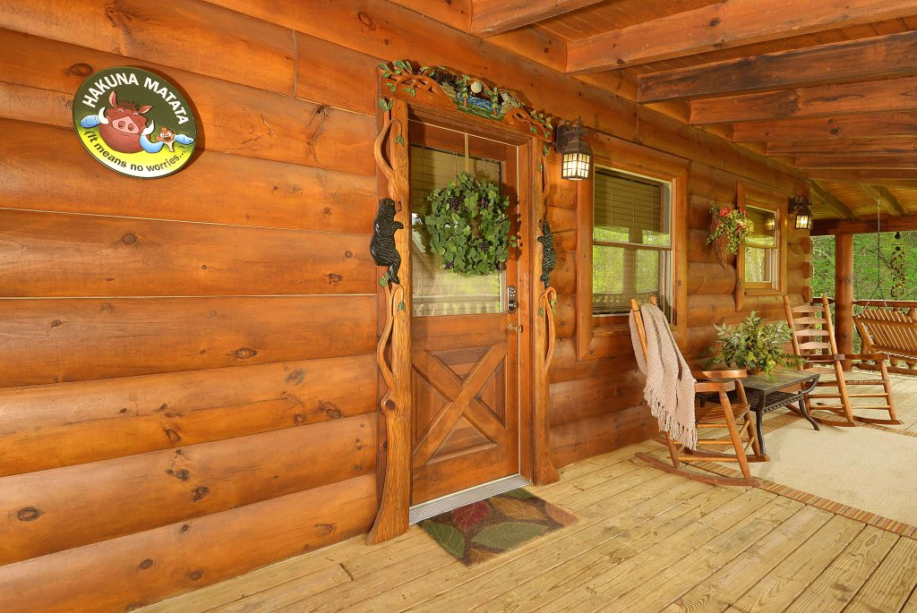 Photo of a Sevierville Cabin named Hakuna Matata - This is the nineteenth photo in the set.