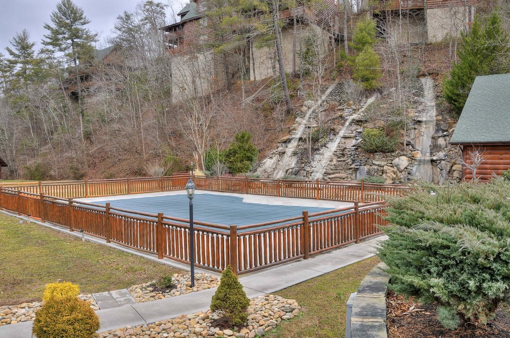 Photo of a Sevierville Cabin named Hakuna Matata - This is the thirty-eighth photo in the set.