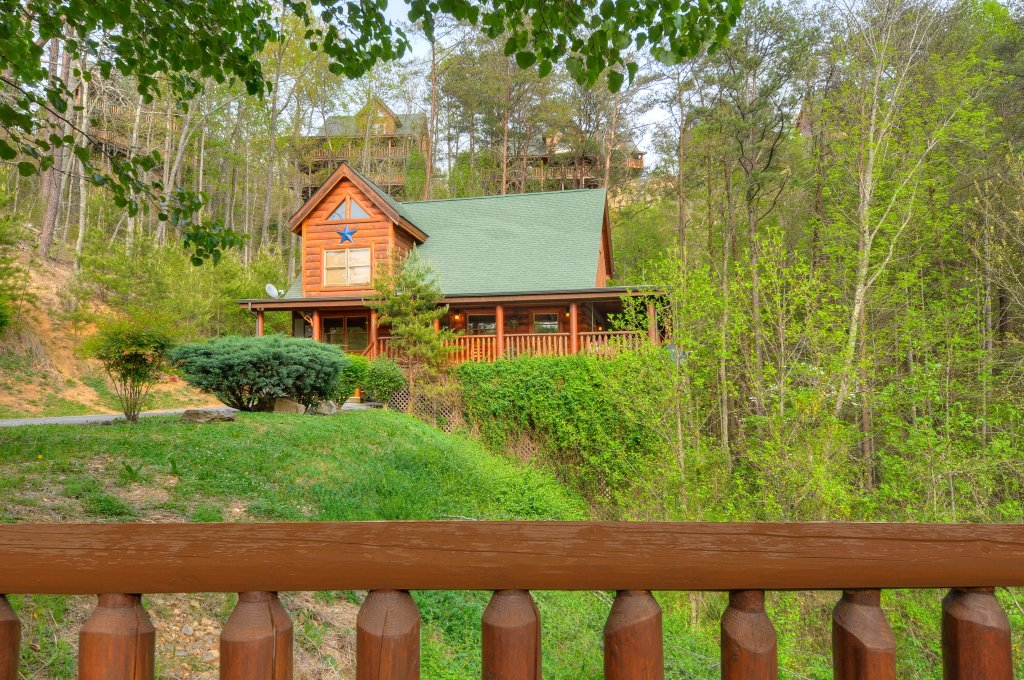 Photo of a Sevierville Cabin named Hakuna Matata - This is the thirty-second photo in the set.