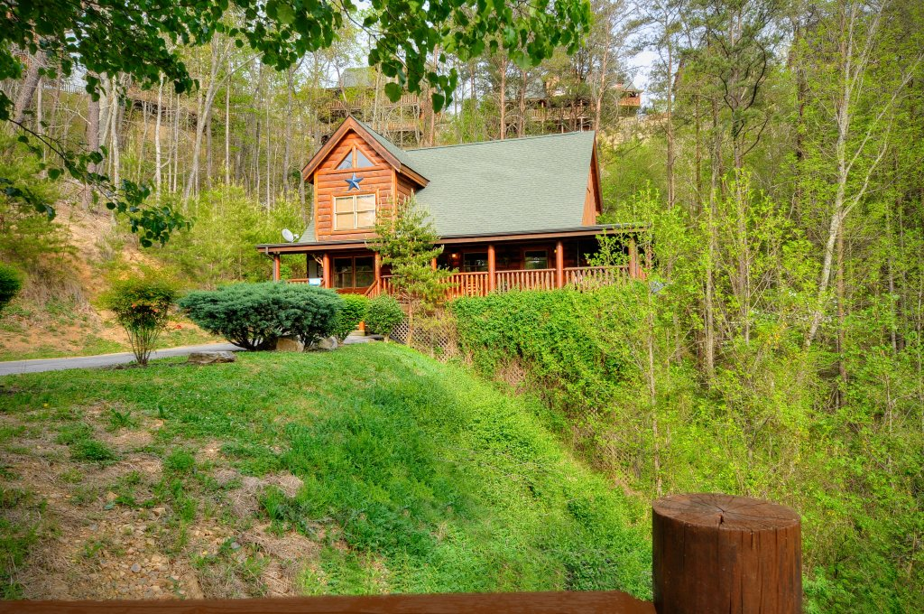 Photo of a Sevierville Cabin named Hakuna Matata - This is the thirty-first photo in the set.