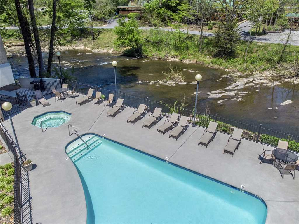 Photo of a Pigeon Forge Condo named Rippling Waters Cedar Lodge 503 - This is the second photo in the set.