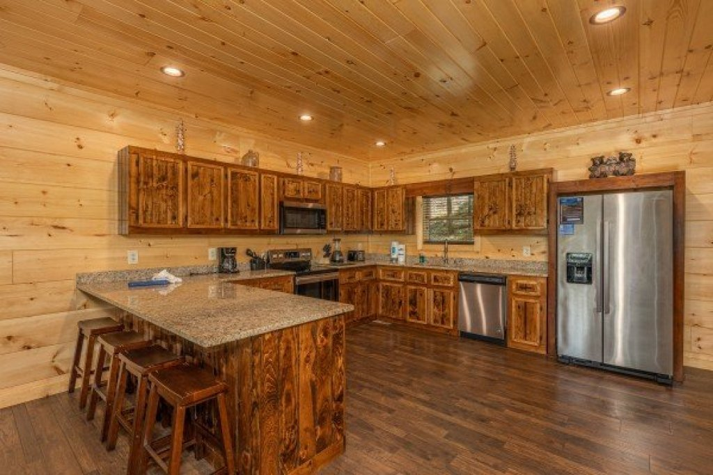 Photo of a Sevierville Cabin named Heavenly Daze - This is the sixteenth photo in the set.