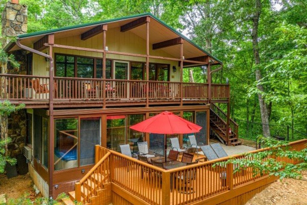Photo of a Gatlinburg Cabin named Buena Vista Getaway - This is the tenth photo in the set.