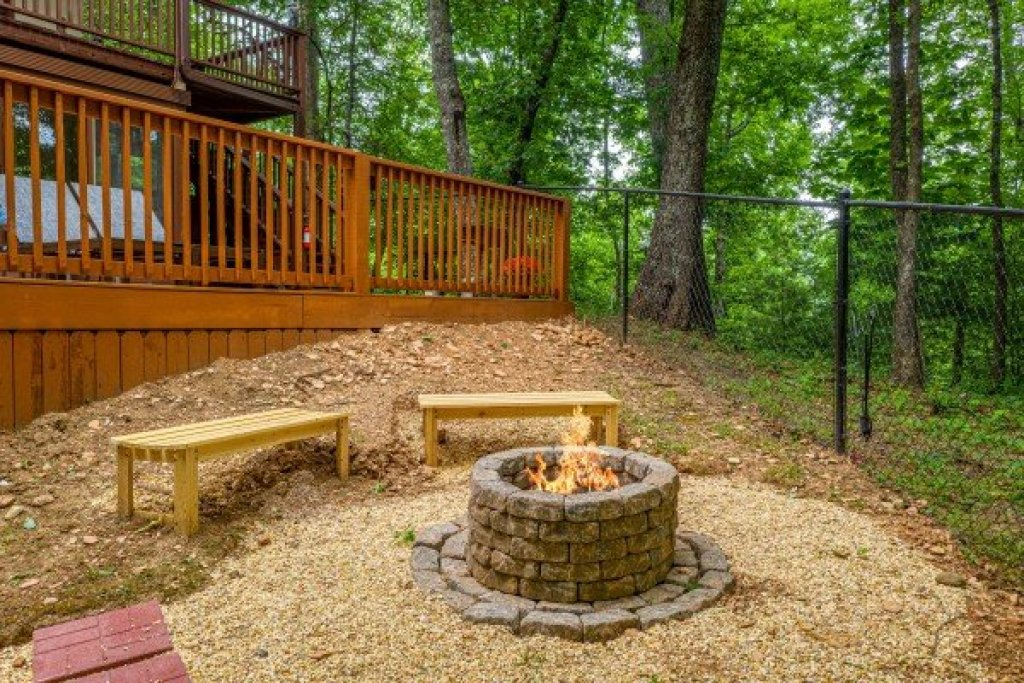 Photo of a Gatlinburg Cabin named Buena Vista Getaway - This is the eighth photo in the set.