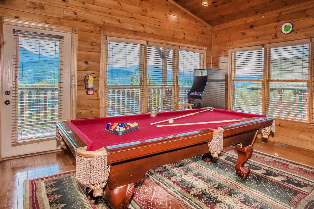 Photo of a Gatlinburg Cabin named Million Dollar View - This is the second photo in the set.