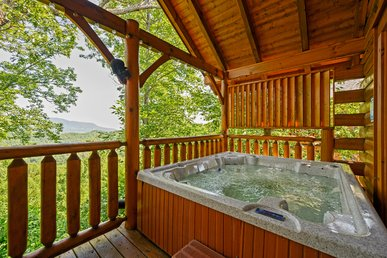Free Attractions | Dog-friendly, Hot Tub, Wifi, Fireplace, Views, Grill,