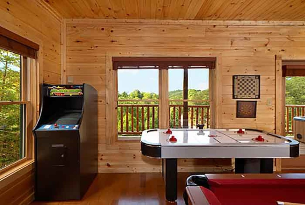 Photo of a Gatlinburg Cabin named Heavenly Hilltop Getaway - This is the fourth photo in the set.