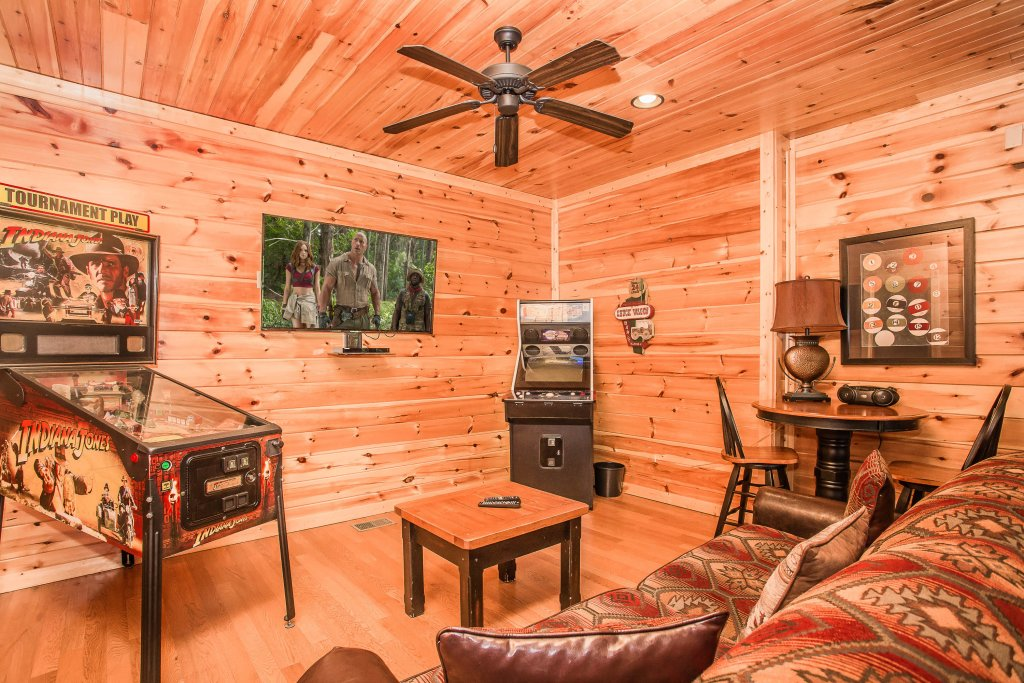 Photo of a Gatlinburg Cabin named Heavenly Hilltop Getaway - This is the ninth photo in the set.