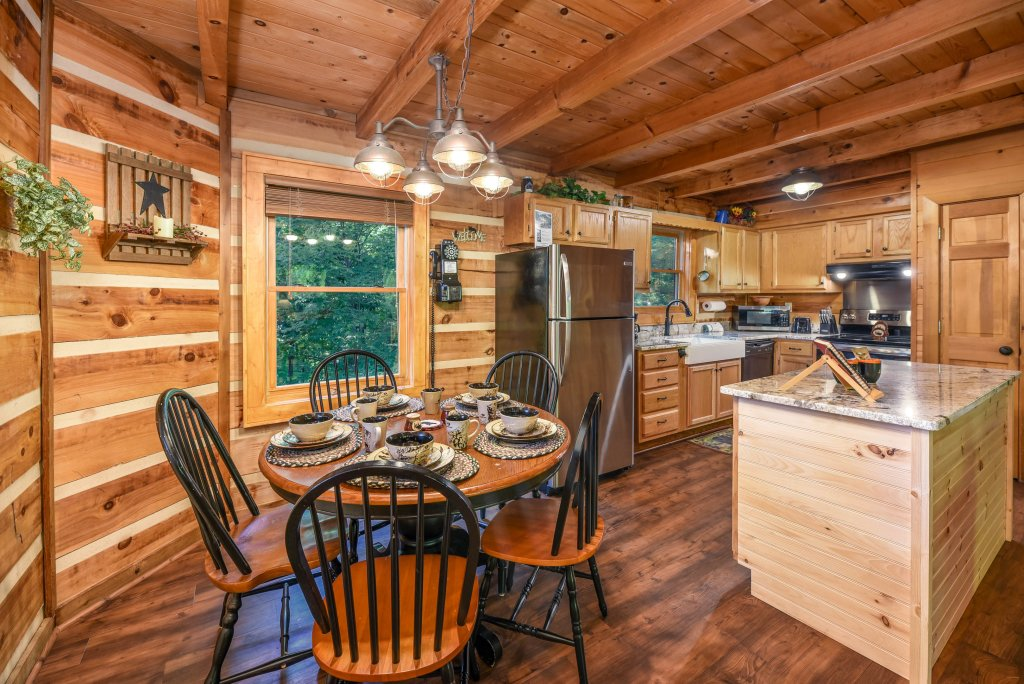 Photo of a Gatlinburg Cabin named Big Sky View - This is the fifth photo in the set.